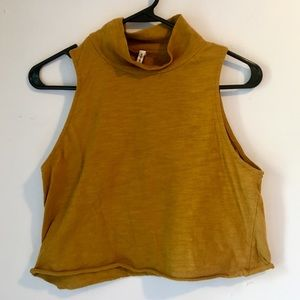 ✨NEW✨ Shein Mustard Crop Top, Mini-Turtleneck, L